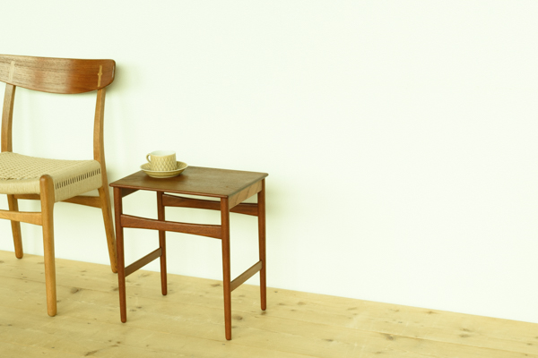 北欧家具 ハンス・J・ウェグナー サイドテーブル