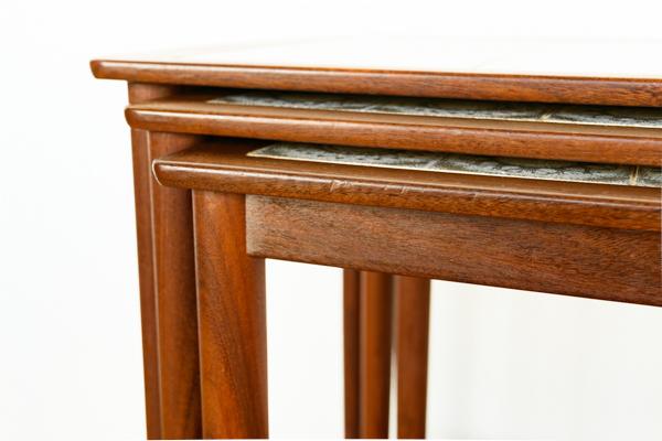 北欧家具 デンマーク タイルトップ ネストテーブル
